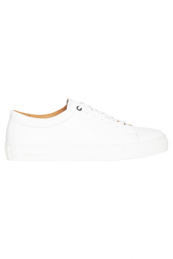 Ambitious Sneakers – White